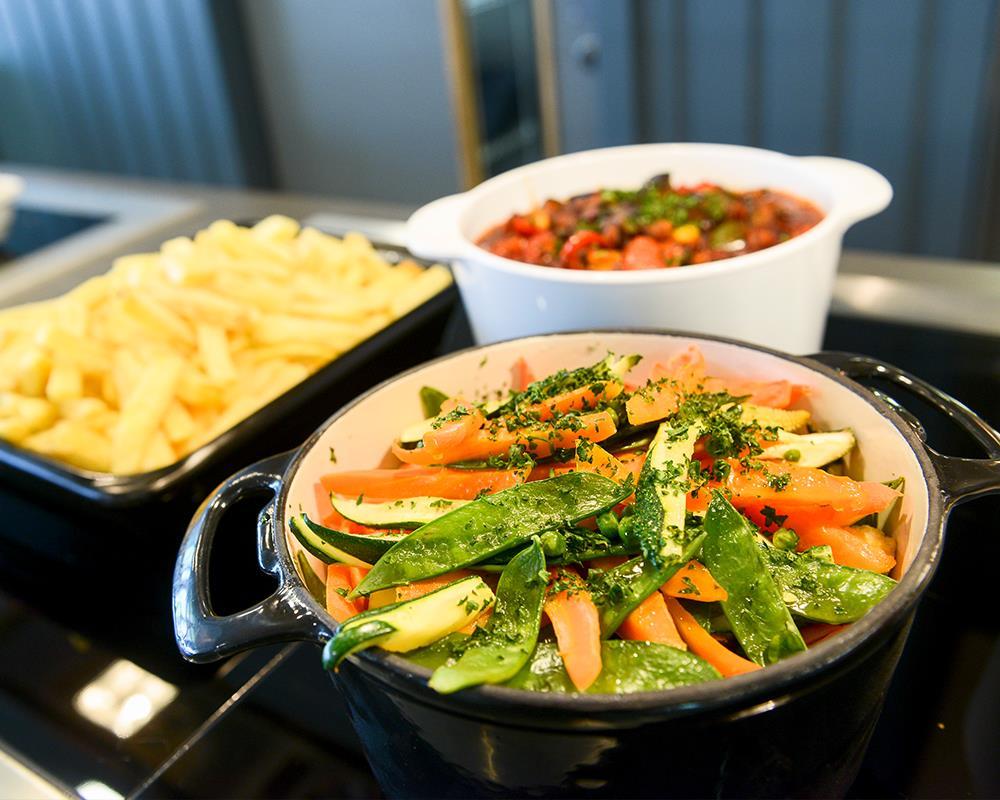 Food in the Arboretum Restaurant